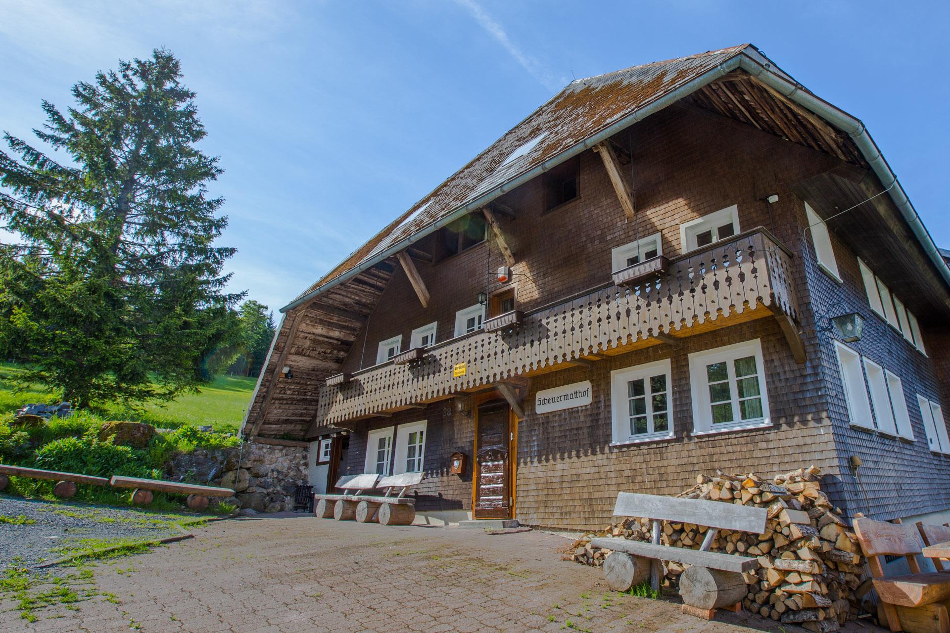 Schwarzwald-Chalet für 1-34 Personen mit Sauna - Schwarzwald-Chalet ...